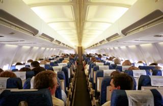 Tanie linie lotnicze podrożały. Średnia cena biletu wzrosła z 441,5 zł do 637,6 zł