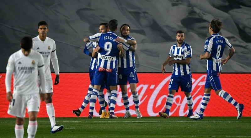 Alaves down Real as Atletico go level with leaders Sociedad