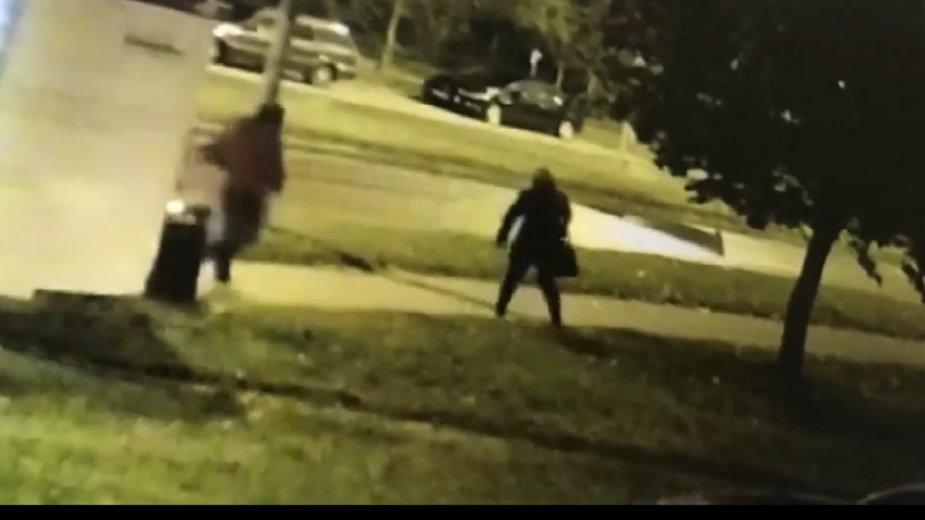 Zrzut ekranu z nagrania udostępnionego przez policję