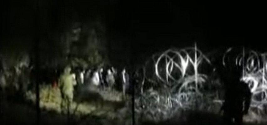 Niespokojnie na granicy. 70 migrantów chciało przedrzeć się przez drut kolczasty. Słychać przeraźliwe krzyki [WIDEO]