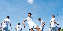 W Wiśle sprawdzają piłkarzy z całego świata. PIłkarska wieża Babel w Płocku