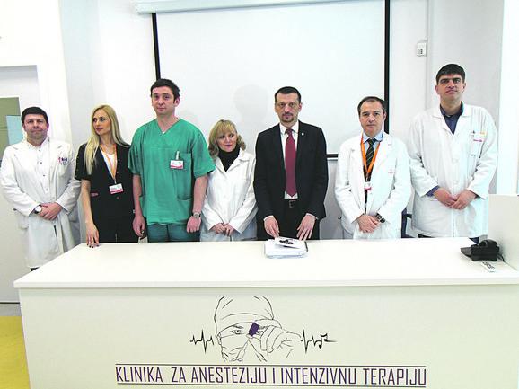 Tim lekara koji je uradio revolucionarnu operaciju