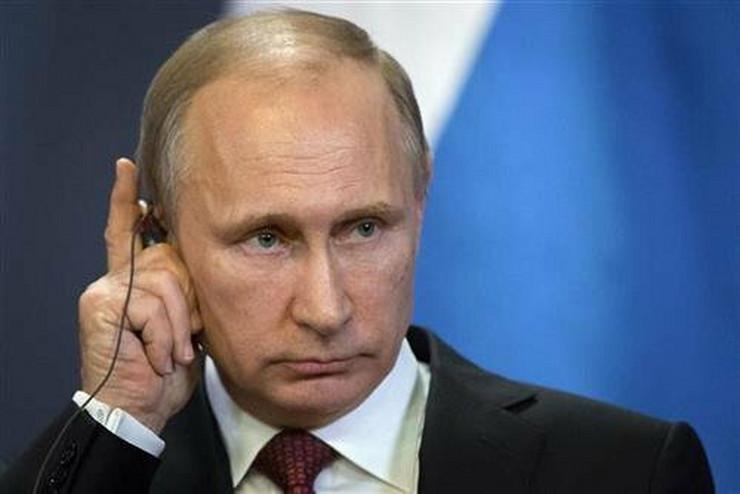 Vajs je za nestanak malezijskog aviona okrivio Putina, mada, kako sam kaže, ne zna zašto bi on to uradio