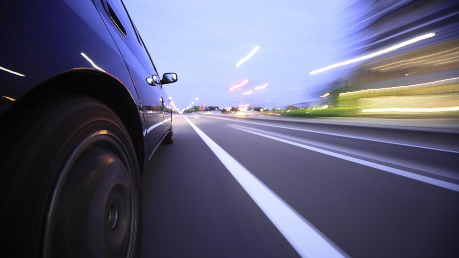 Umowa darowizny samochodu. Na czym polega? Wzór