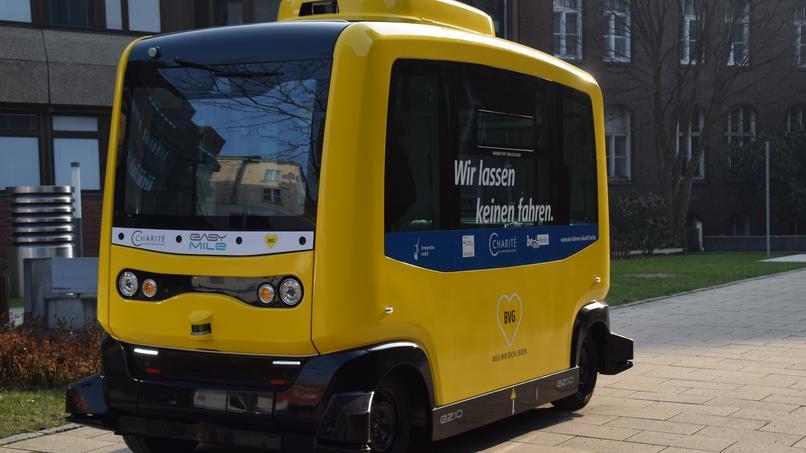 dieser bus f hrt bald durch berlin ohne fahrer noizz. Black Bedroom Furniture Sets. Home Design Ideas