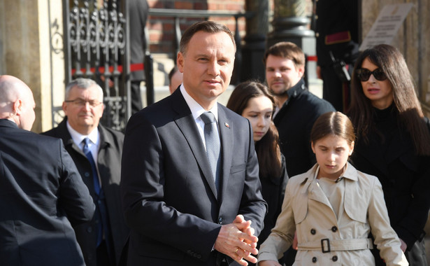 Polska delegacja zmierzała na uroczystości z okazji 70. rocznicy zbrodni katyńskiej.