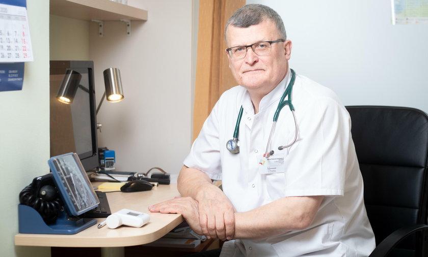DR PAWEL GRZESIOWSKI