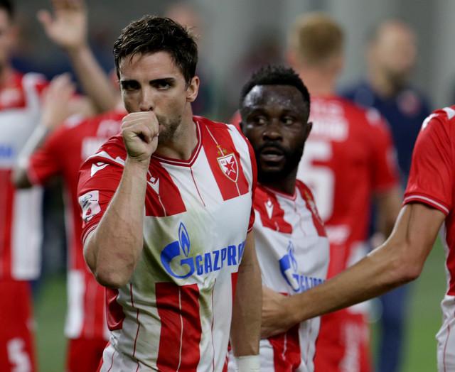 Tomane slavi gol na meču FK Tirana - Crvena zvezda
