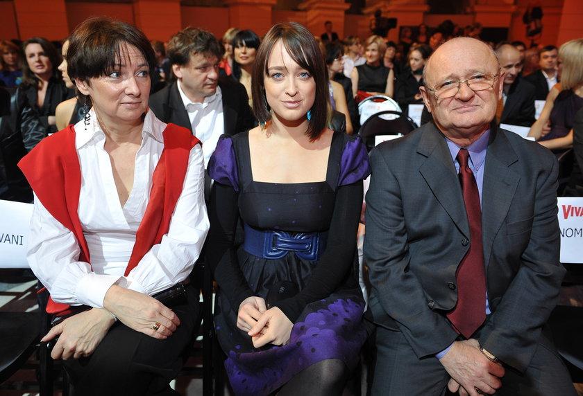 Matylda Damięcka z rodzicami