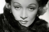 Marlene_Dietrich_in_No_Highway_(1951)