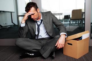 Praca bez umowy: Co ma zrobić zwolniony pracownik, gdy pracodawca mu nie zapłacił