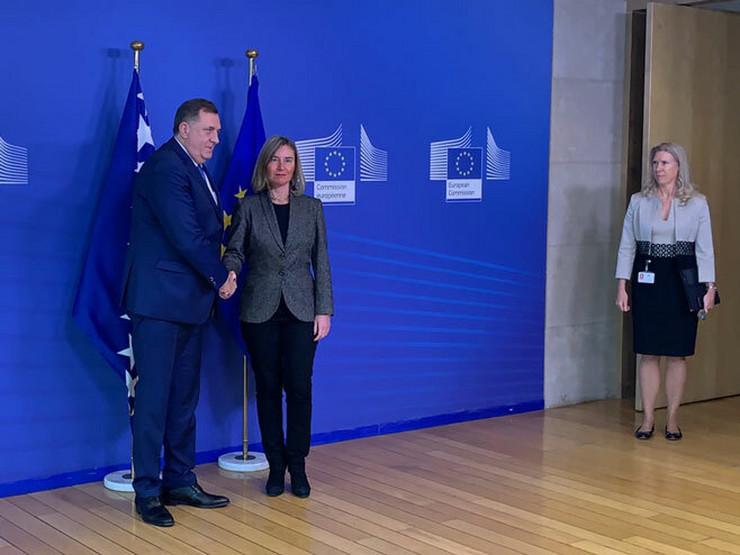 Dodik i Mogerini