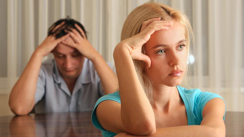 Dlaczego kobiety spłacają długi partnerów?