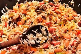 """Ovaj POGREŠAN KORAK u kuvanju MOŽE DA VAS ODVEDE U BOLNICU: """"Sindrom prženog pirinča"""" je VRLO OPASAN"""