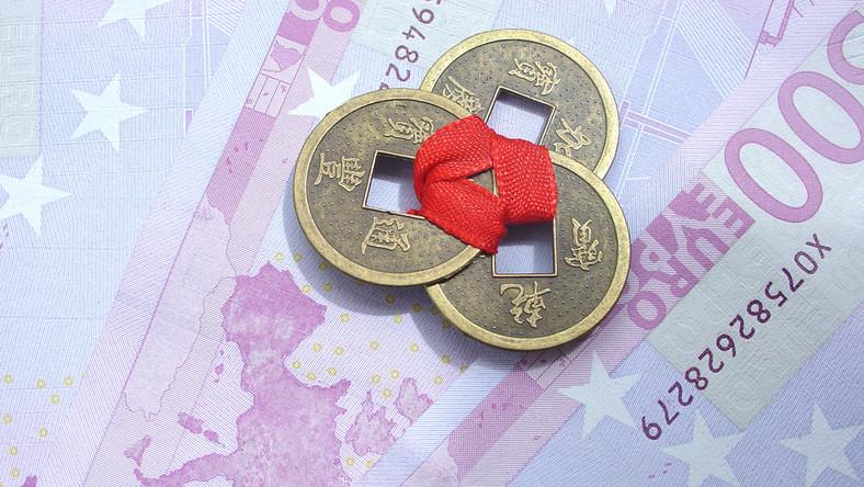 Euro pada, a rząd chce je wprowadzić