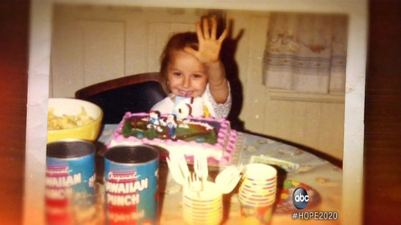 Amanda je u zarobljeništvu rodila ćerku