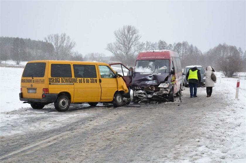 Zderzenie dwóch busów