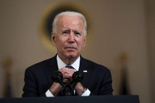 Joe Biden najpierw odwiedzi Bratysławę. Zmiana kursu wobec Polski?