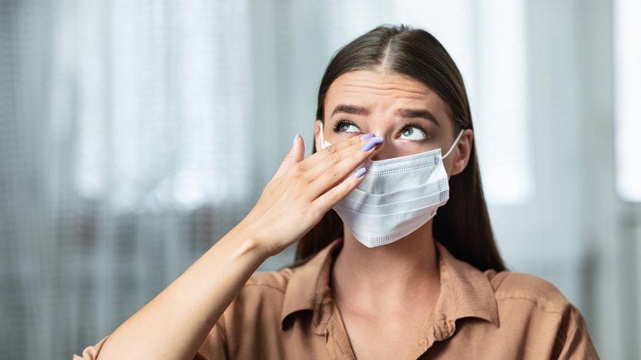 Czy koronawirus może powodować zapalenie spojówek?