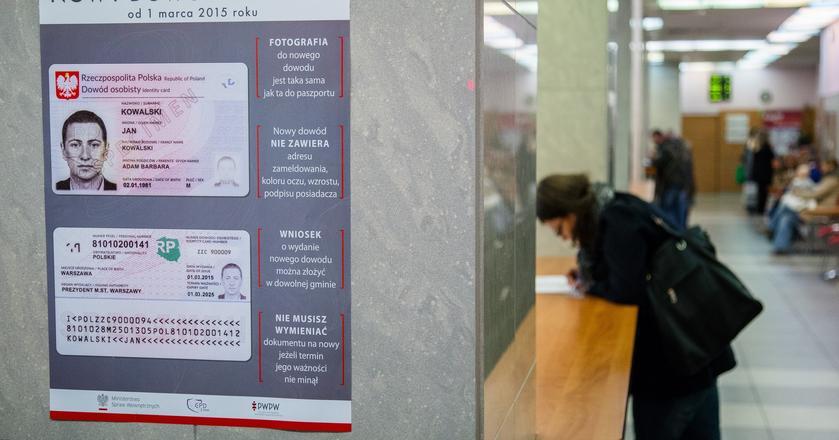 Ministerstwo Cyfryzacji przygotowało nową odsłonę projektu mobilnych dokumentów - startuje aplikacja mObywatel