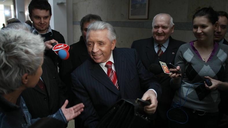 """MSZ Białorusi w swoim oświadczeniu nazywa Andrzeja Leppera """"wybitnym polskim politykiem"""""""