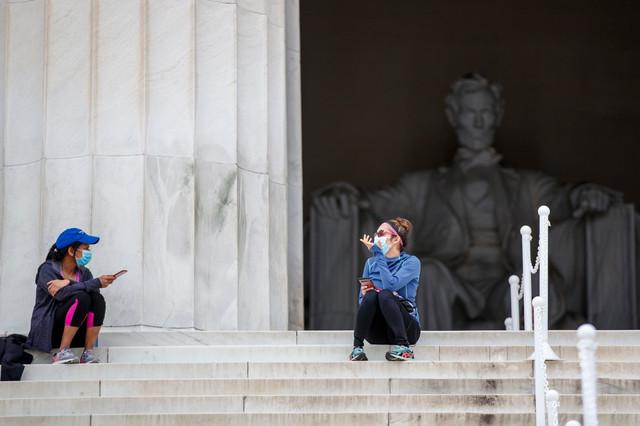 U SAD je do sada od korona virusa umrlo više od 22.000 ljudi (foto: Vašington)