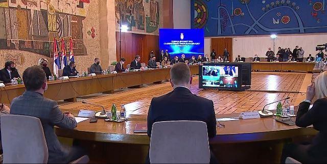 Sednica državnog vrha sa timom za imunizaciju