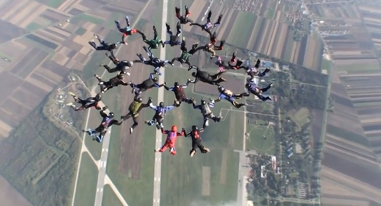 530000_padobran-rekord-foto-jutjub
