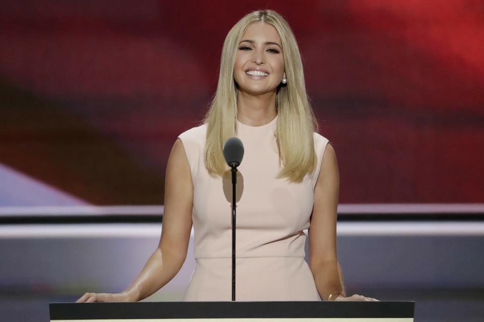 d74e019bed4 Żona Donalda Trumpa, Melania Trump, to nowa i piękna Pierwsza Dama ...