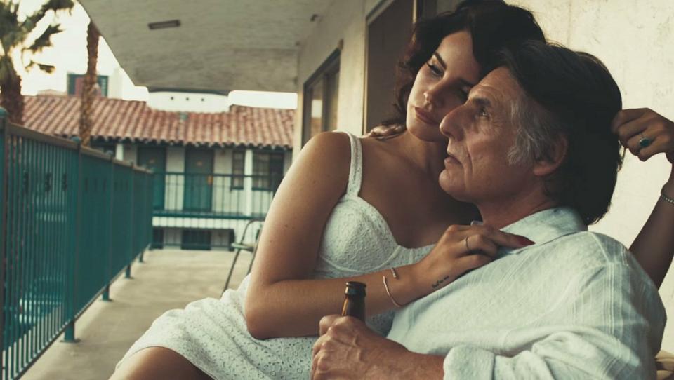"""Lana Del Rey w 2012 roku (fot. kadr z teledysku """"Ride"""")"""