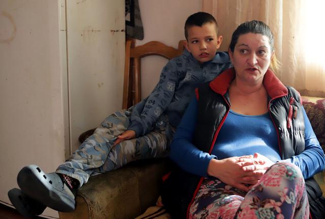 Najmlađi Uroš je najviše vezan za majku Slavicu