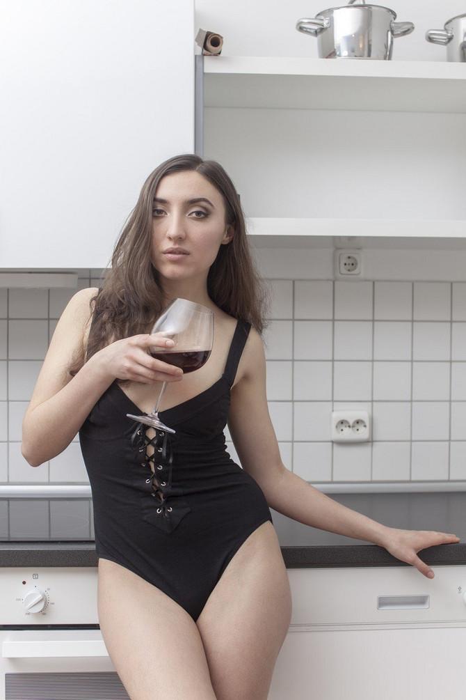 Umivala se crnim vinom nedelju dana, a ovo su rezultati