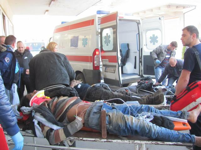 Povređeni putnici na prijemu u leskovačku bolnicu
