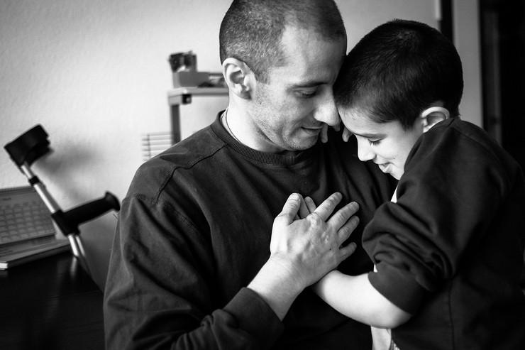 pres foto srbija07 kategorija ŽIVOT - Porodica sa autisticnom decom - arhivska fotografija PRESS PHOTO SRBIJA Petar Marković