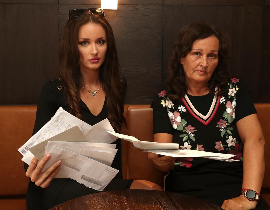 Az anyuka, aki a lány menedzsere is egyben, nem akarja, hogy elsikkadjon az ügy, kiderítené, mi történt pontosan /Fotó: Pozsonyi Zita