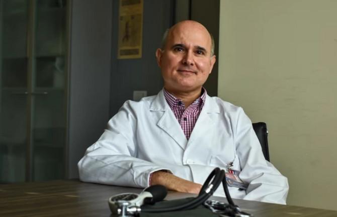 Dr Dejan Sakač
