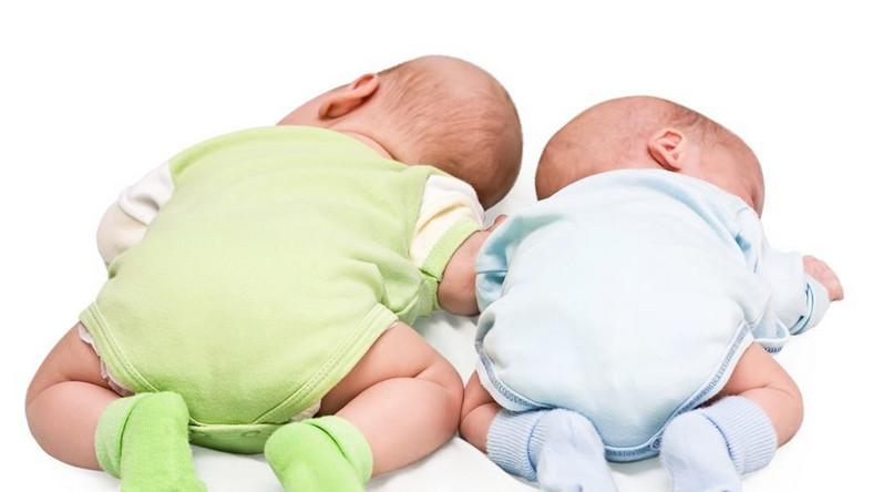 W Ameryce rodzi się coraz więcej bliźniąt