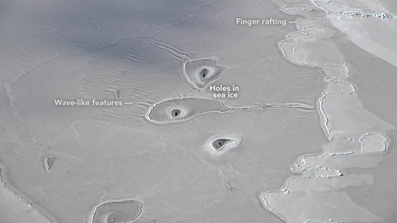Tajemnicze dziury w lodzie