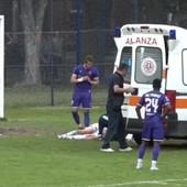 JEZIV DOGAĐAJ U SRBIJI! Bivši igrač Zvezde pao na terenu i nepomično ležao, fudbaleri se hvatali za glavu - hitna pomoć uletela na teren