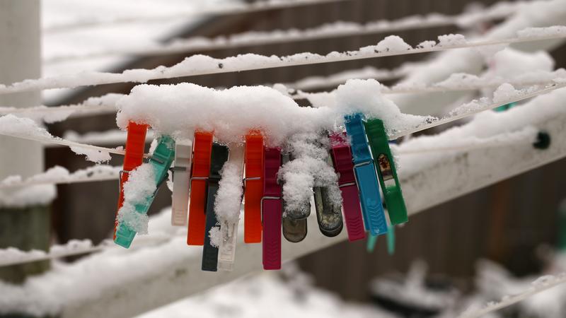 Jak wygląda rozwieszanie prania zimą?