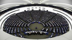 Zniesienie roamingu w UE? PE głosuje za brakiem opłat roamingowych