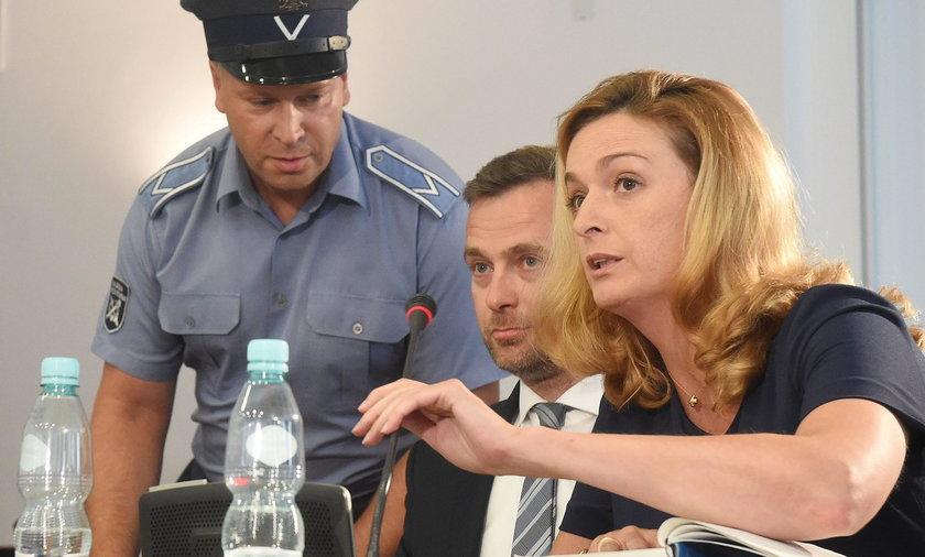 Prawniczka Hanny Gronkiewicz-Waltz grała na dwa fronty