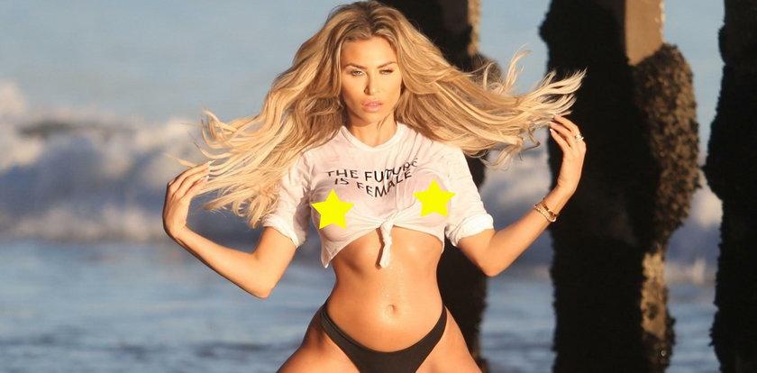 Króliczek Playboya znowu to zrobiła. Wyglądała jak miss mokrego podkoszulka!