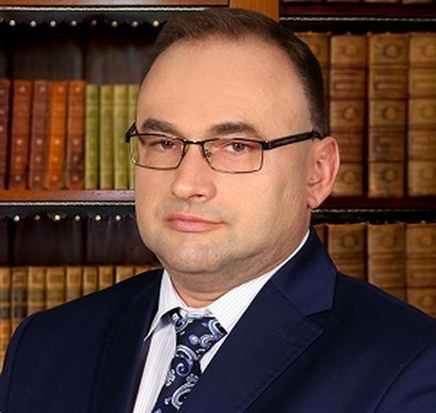 Radca Prawny Artur Klimkiewicz - specjalista do spraw dochodzenia odszkodowań
