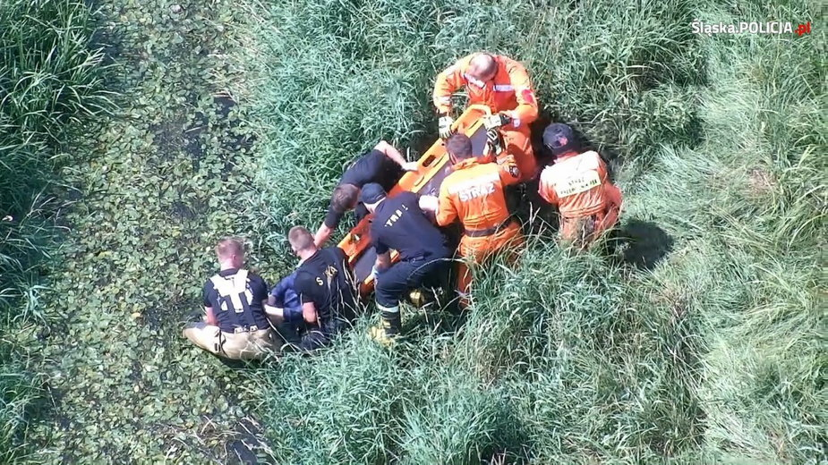 63-latkę znaleziono dzięki policyjnemu dronowi