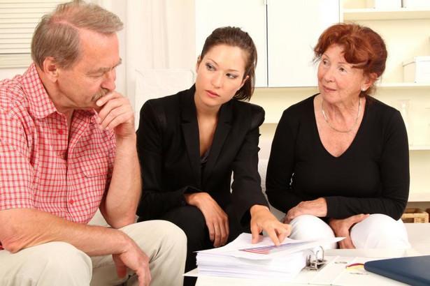 WSA stwierdził, że zaspokajanie zbiorowych potrzeb w zakresie świadczenia nieodpłatnej pomocy prawnej jest zadaniem publicznym.