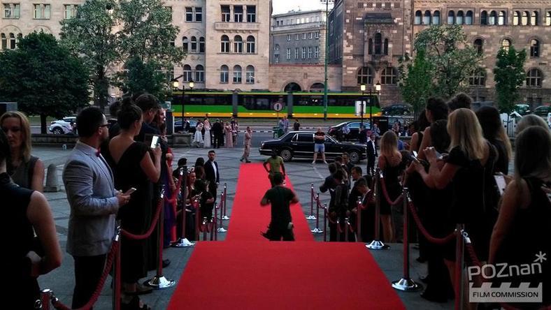 Największą scenę w Poznaniu kręcono przed Centrum Kultury Zamek