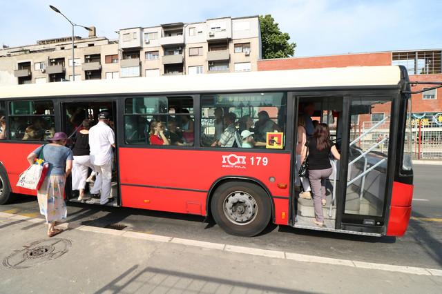 Autobusi će biti na izmenjenim trasama