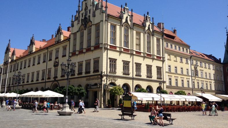 Zestawiamy majątki wiceprezydentów Wrocławia, skarbnika i sekretarza