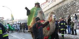 Wielbłądzica Jenny gwiazdą orszaku Trzech Króli w Rzeszowie